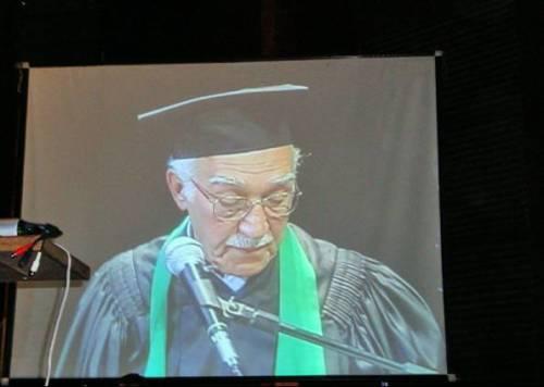 Edson Gambuggi recebeu homenagens e falou durante a cerimônia de colação de grau, no dia 7 deste mês (Foto: Reprodução/Arquivo pessoal)